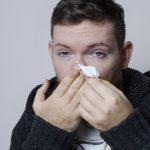 鼻の奥がつまる原因は?重症化すると失明の危険性も…
