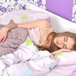 花粉症の鼻づまりで寝苦しい…副作用なしでスヤスヤ寝る方法